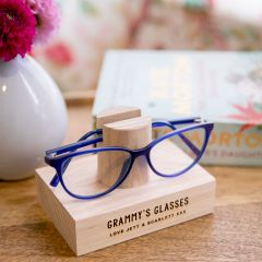 Personalised Engraved Wooden Mother's Day Reading Glasses Holder Present